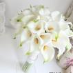 La novia tiene una mano ramo de Dama de honor flor niña de las flores de simulación calla lily flor