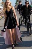 Vestido de fiesta Sin mangas Satén Elástico Glamouroso Natural Asimètrico