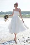 Vestido de novia Sin tirantes Fuera de casa Glamouroso Sin mangas Corte-A