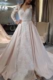 Vestido de novia primavera Fuera de casa Cola Barriba Espectaculares