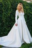 Vestido de novia Sala Escote en V Corte-A Sencillo Cola Corte Cremallera