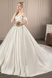 Vestido de novia Otoño Satén Recatada Sencillo Escote Corazón Manga corta