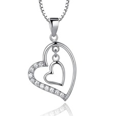 En forma de corazón las mujeres corto con incrustaciones de diamante collar y colgante de plata