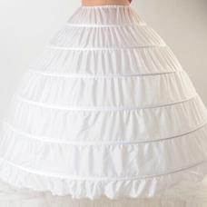 Seis ruedas extendiendo la enagua de la boda del vestido de boda de la cadena