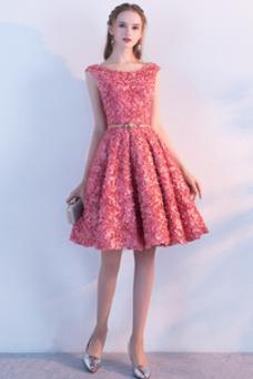 Vestido de cóctel Corte-A Apliques Escote redondo Natural Satén Sin mangas