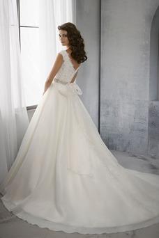 Vestido de novia Espalda medio descubierto Cinturón de cuentas Escote en V