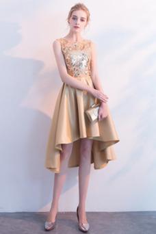 Vestido de cóctel Natural Satén Asimètrico Sin mangas Pera Con lentejuelas
