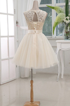 Vestido de dama de honor Falta Encaje Escote redondo Corte princesa Hasta la Rodilla