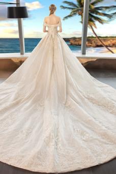 Vestido de novia Manga tapada Cordón Escote con Hombros caídos Cola Real