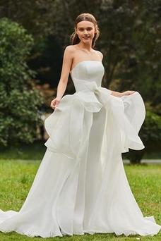 Vestido de novia Sin tirantes Cola Corte Natural Fuera de casa Dobladillos