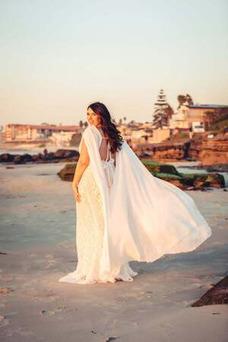 Vestido de novia Encaje Escote en V Espalda Descubierta Cola Capilla