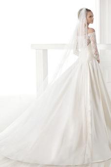 Vestido de novia Escote con Hombros caídos Con velo Cremallera Cola Capilla