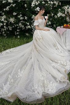 Vestido de novia Corpiño Acentuado con Perla Escote con Hombros caídos