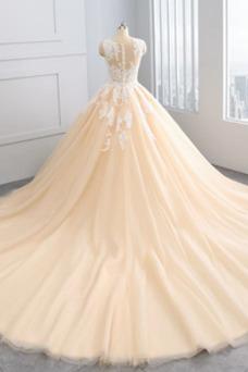 Vestido de novia Barco Tallas pequeñas Botón Capa de encaje tul Cola Real