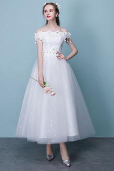 Vestido de novia Hasta la Tibia Apliques Encaje Natural Capa de encaje