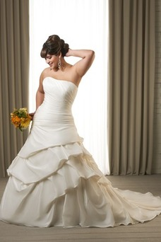 Vestido de novia Sin tirantes Sin mangas Formal Natural Corte-A Cola Capilla