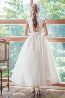 Vestido de novia Escote en V Pera Cordón Lazos Glamouroso Natural