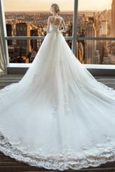 Vestido de novia Triángulo Invertido Cola Real Camiseta Cordón Natural