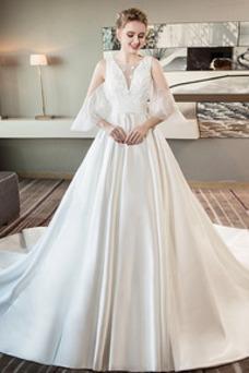 Vestido de novia Natural Cola Real Baja escote en V Iglesia Flores Corte-A