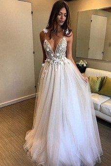 Vestido de novia Baja escote en V Escote de Tirantes Espaguetis Natural