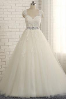 Vestido de novia Elegante Natural tul Cola Corte Escote en V Cinturón de cuentas