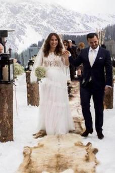 Vestido de novia primavera tul Corte-A Fuera de casa Mangas Illusion