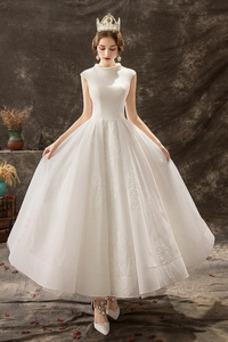Vestido de novia Corte-A Sin mangas Falta Escote con cuello Alto Apliques