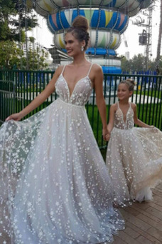 Vestido de novia Verano Baja escote en V Elegante Corte-A largo tul