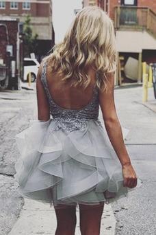 Vestido de cóctel Corte-A Otoño Escote en V tul Pera Espalda Descubierta