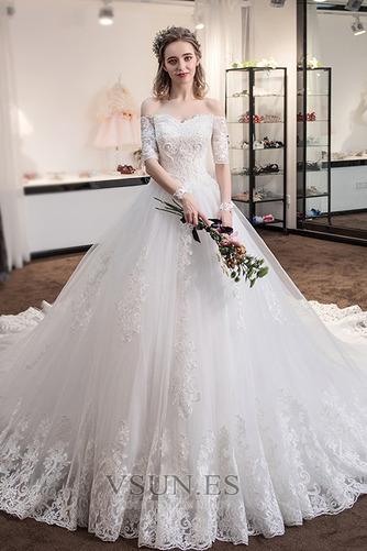 Vestido de novia Cola Real Triángulo Invertido Cordón Capa de encaje - Página 1