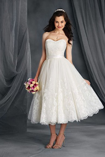 Vestido de novia Encaje Escote Corazón Playa Natural Cremallera Hasta la Tibia - Página 1