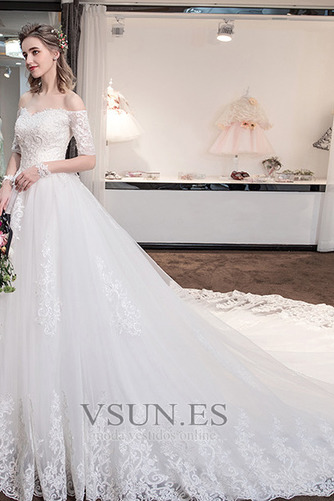 Vestido de novia Cola Real Triángulo Invertido Cordón Capa de encaje - Página 3