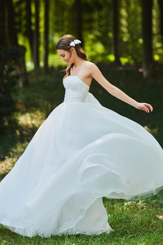 Vestido de novia Corte-A Cascada de volantes Sin mangas Reloj de Arena - Página 1