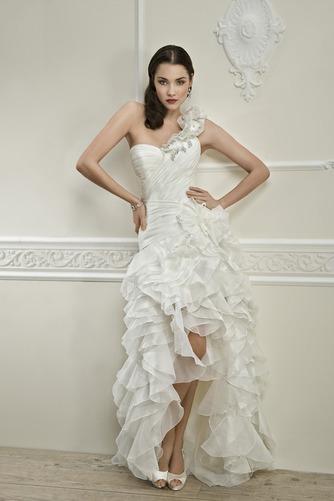 Vestido de novia Corte-A Cintura Baja Botón Satén Un sólo hombro Alto Bajo - Página 1