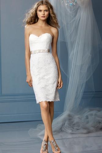Vestido de novia Hasta la Rodilla Verano Natural Glamouroso Fajas Corte Recto - Página 1