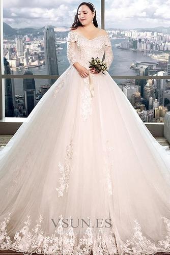 Vestido de novia Capa de encaje Apliques Triángulo Invertido largo Natural - Página 1