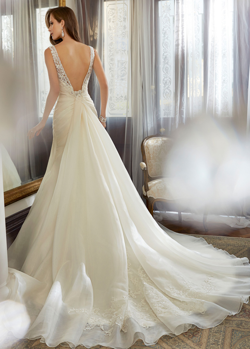 Vestidos de novia corte sirena color ivory