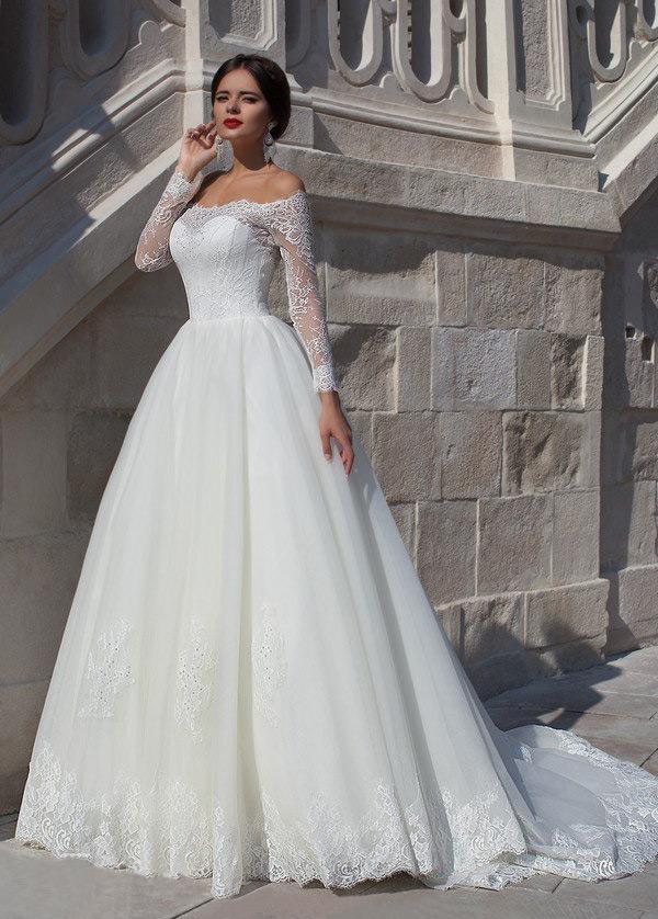 vestido de novia manga larga encaje moderno escote con hombros