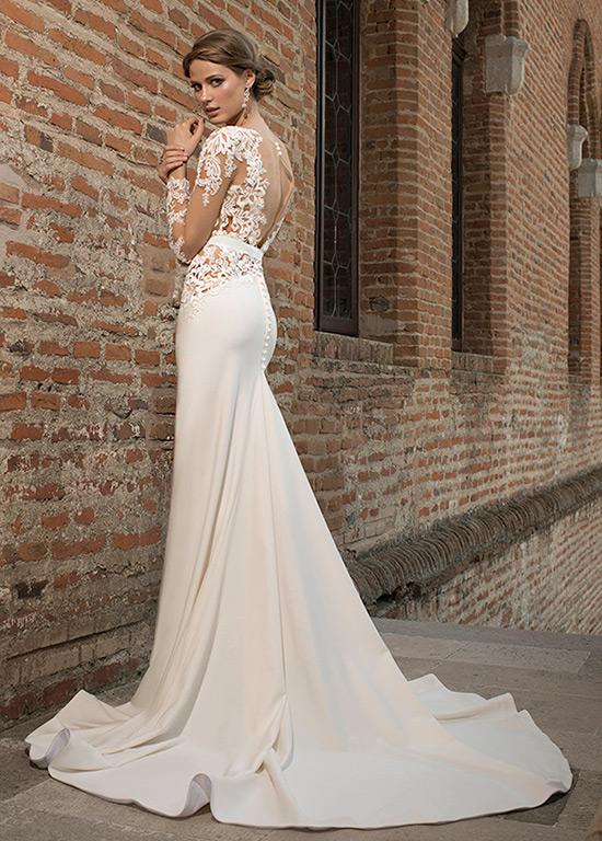 vestido de novia romántico botón natural tul manga larga escote en v